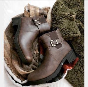 Fall collection// Khaki moto boot
